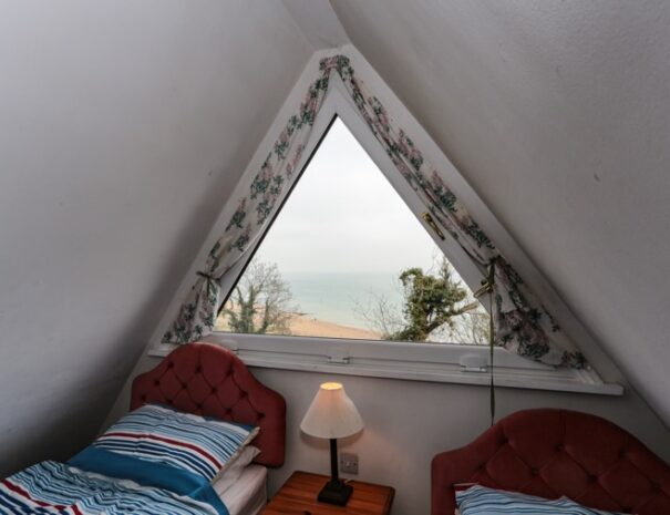 kingsdown holiday homes chalet 25_d 24