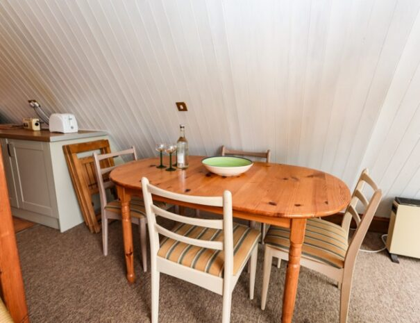 kingsdown holiday homes chalet 25_d 6